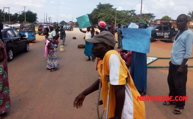Delta: Lepers barricade Government House, demands fair treatment