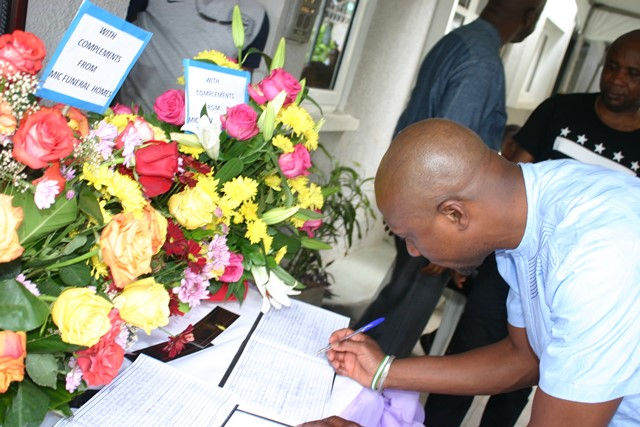 Chief Executive Officer, Nigerian Stock Exchange (NSE), Mr. Oscar Onyema signing the condolence registrar at the residence of late Dr. Gamaliel Onosode, First Indigenous Stockbroker on the Nigerian Stock Exchange and Chairman, Board of Trustees for the Investors' Protection Fund in Lagos recently