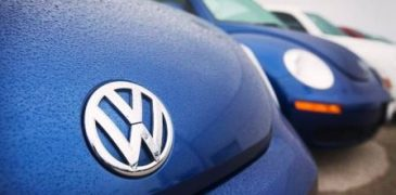 France opens inquiry into  Volkswagen 'deception' scandal