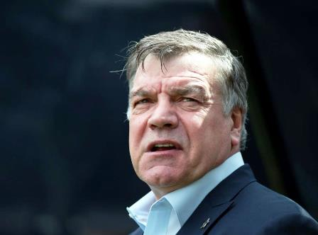 Big Sam signs 2-year deal at Sunderland