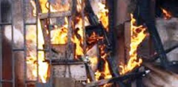 Fire razes second-hand cloth market in Gusau