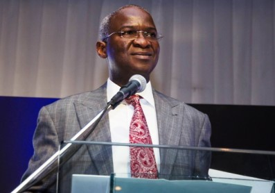 Fashola inaugurates 100 housing units in Ogbomosho