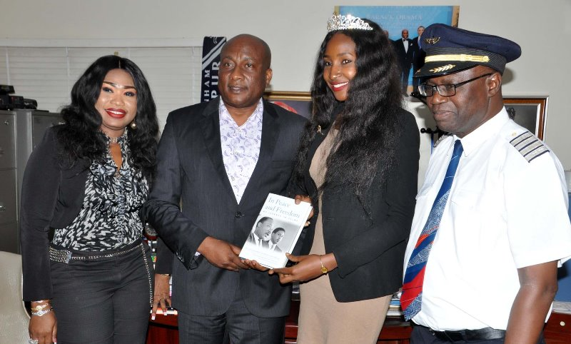 MISS NIGERIA VISITS AIR PEACE AIRLINE (PHOTO)