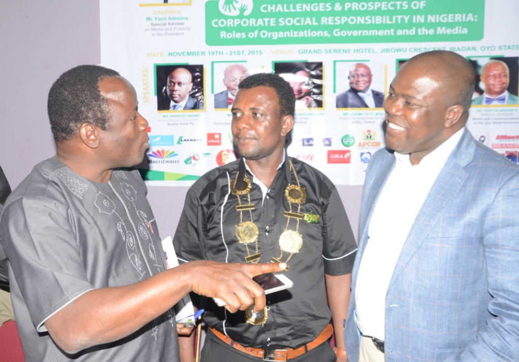 Yinka Fabowale, South-West Editor/Bureau Chief, TheSun Publishing Ltd representing Femi Adesina, Special Adviser to President Muhammadu Buhari on Media and Publicity; Goddie Ofose, Chairman, BJAN and Abdul Imoyo, Head, Cooperate Communications, Access Bank Plc representing the Bank's Managing Director, Herbert Wigwe at the event