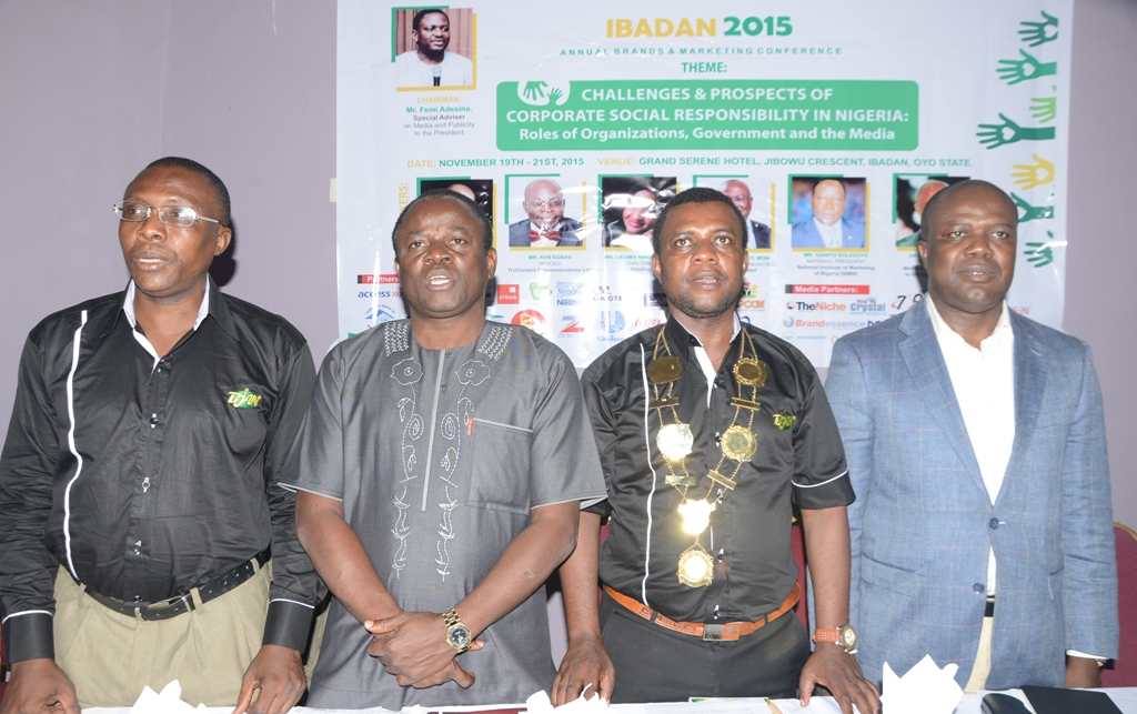 Princewill Ekwujuru, Vice Chairman, BJAN; Yinka Fabowale, South-West Editor/Bureau Chief, TheSun Publishing Ltd representing Femi Adesina, Special Adviser to President Muhammadu Buhari on Media and Publicity; Goddie Ofose, Chairman, BJAN, Abdul Imoyo, Head, Cooperate Communications, Access Bank Plc representing the Bank's Managing Director, Herbert Wigwe, at the event