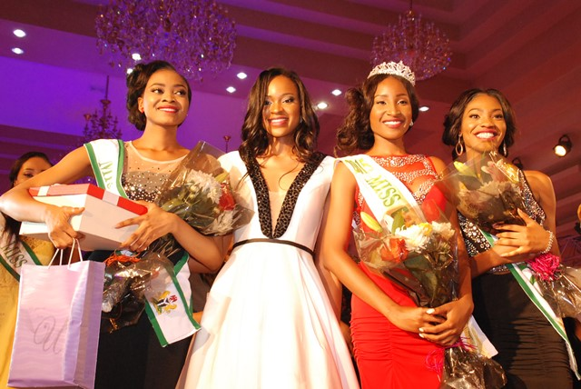 R-L: 2nd Runner up, Mary, Winner of Miss Nigeria 2015,  Pamela Peter-Vigboro Leesi, Ex-Miss Nigeria 2014, Ezinne Akudo &  The 1st Runner, Itunu