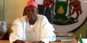 Ganduje disburses N1bn interest-free loans to 4,000 farmers in Kano