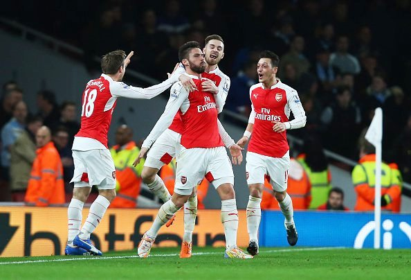 EPL REVIEW: Walcott, Giroud gun down Man City