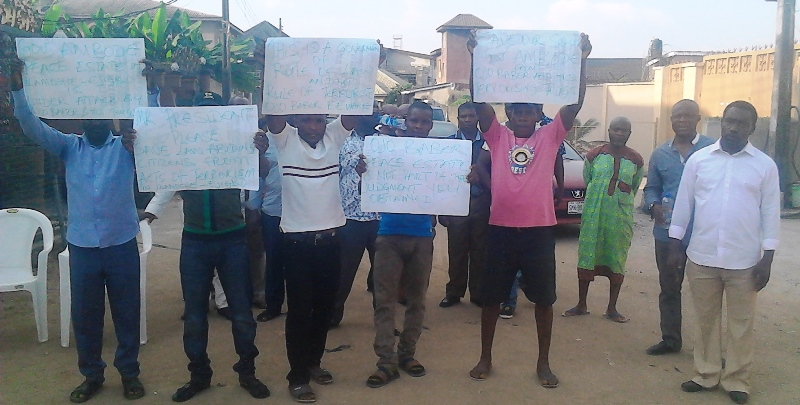 'Terrorists' invade Lagos estate, residents cry for help