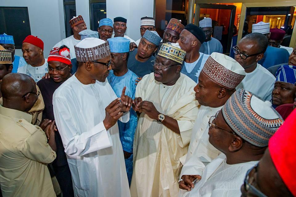 Buhari hosts APC Senators, Candidates to a dinner at Aso Rock