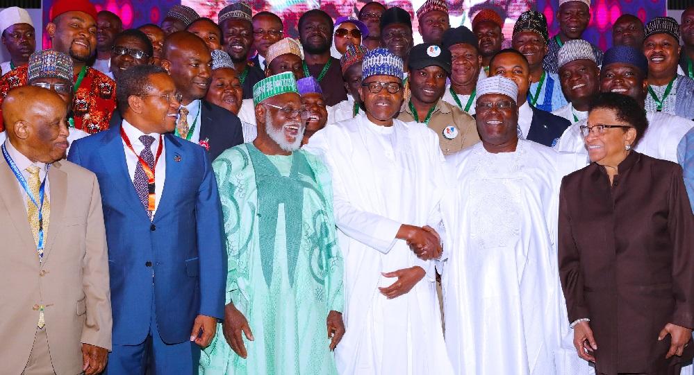 2019 poll: Atiku, Buhari, other presidential candidates sign peace accord