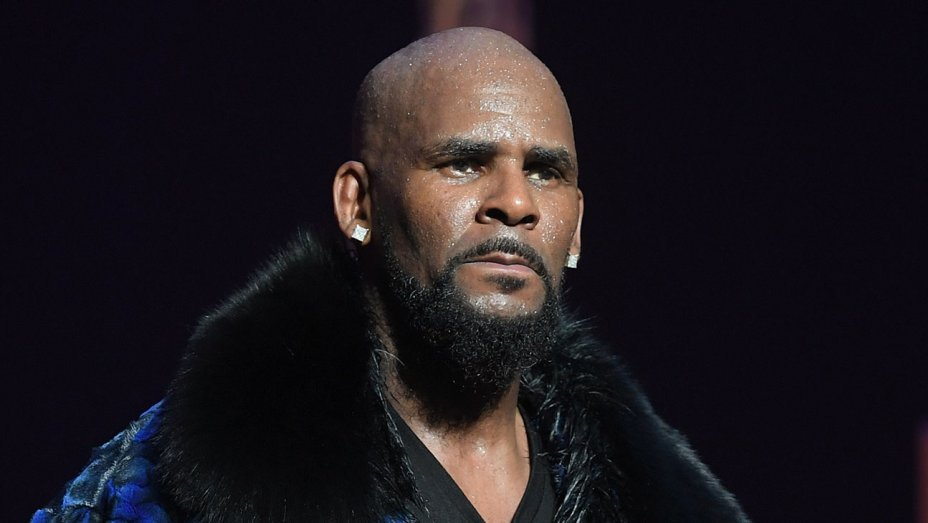 R Kelly pleads not guilty to more serious sex assault charges