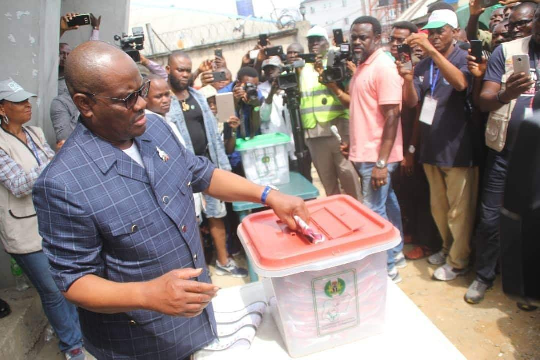 Wike votes at Obio/Akpor LGA, confident of victory