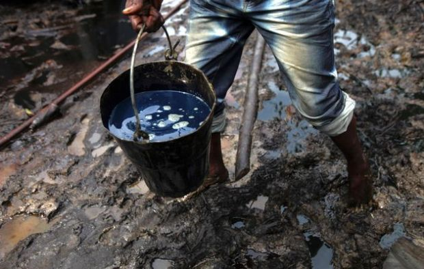 2 suspected serial oil thieves remanded for pipeline